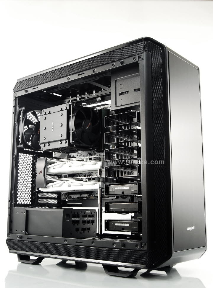be quiet DARK BASE PRO 900 Black.jpg
