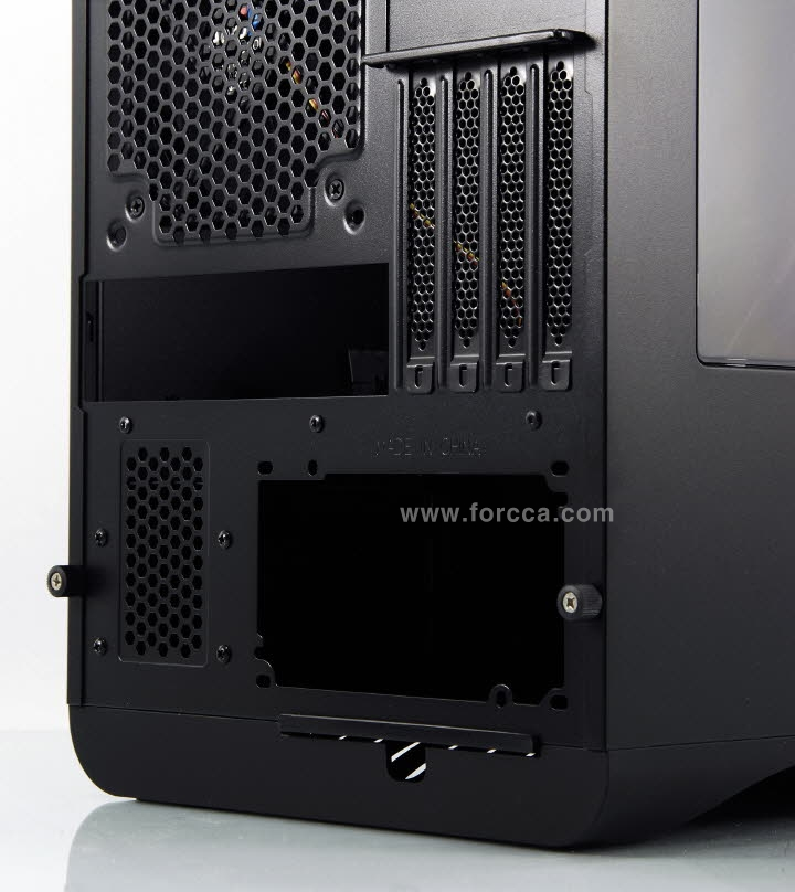 AeroCool DS Cube Window BW-25.jpg