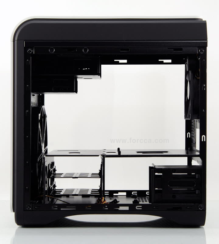 AeroCool DS Cube Window BW-33.jpg
