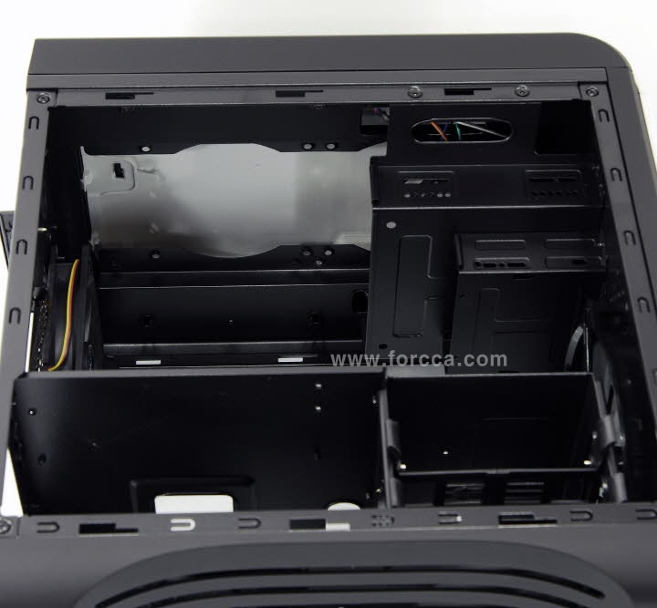 AeroCool DS Cube Window BW-36.jpg