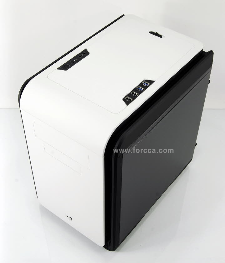 AeroCool DS Cube Window BW-13.jpg