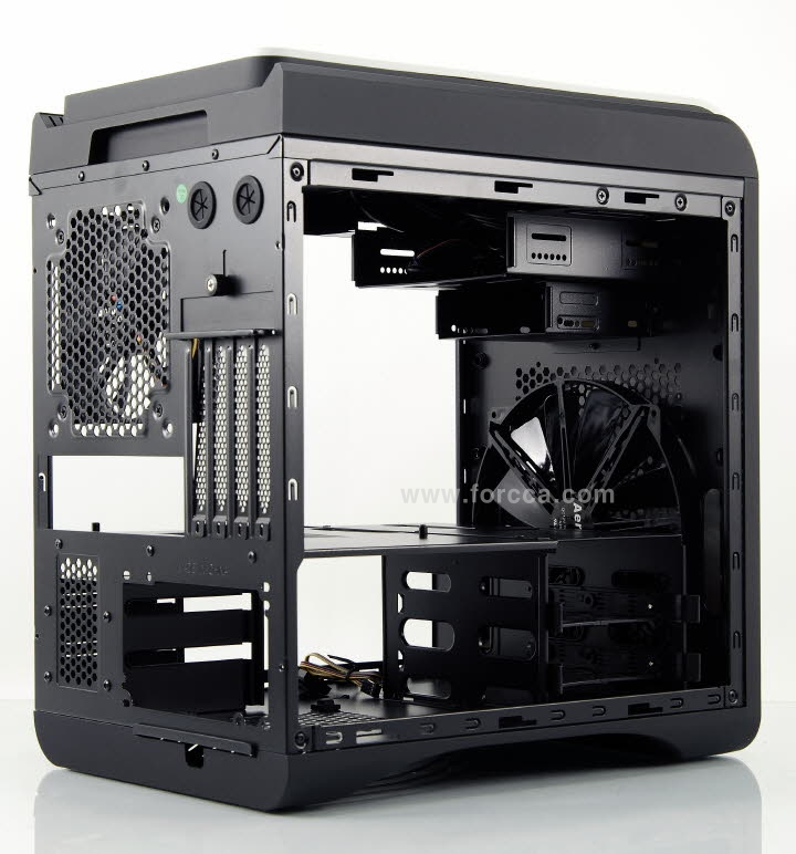 AeroCool DS Cube Window BW-31.jpg