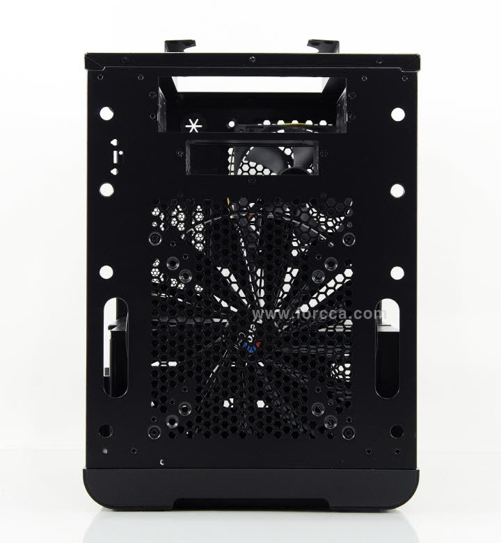 AeroCool DS Cube Window BW-46.jpg