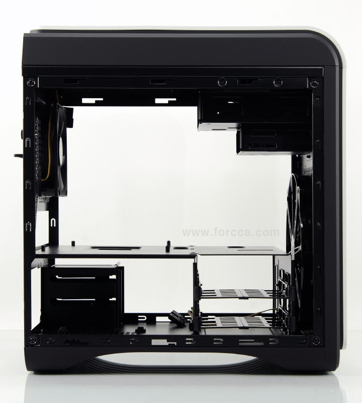 AeroCool DS Cube Window BW-30.jpg