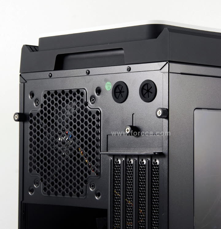 AeroCool DS Cube Window BW-24.jpg