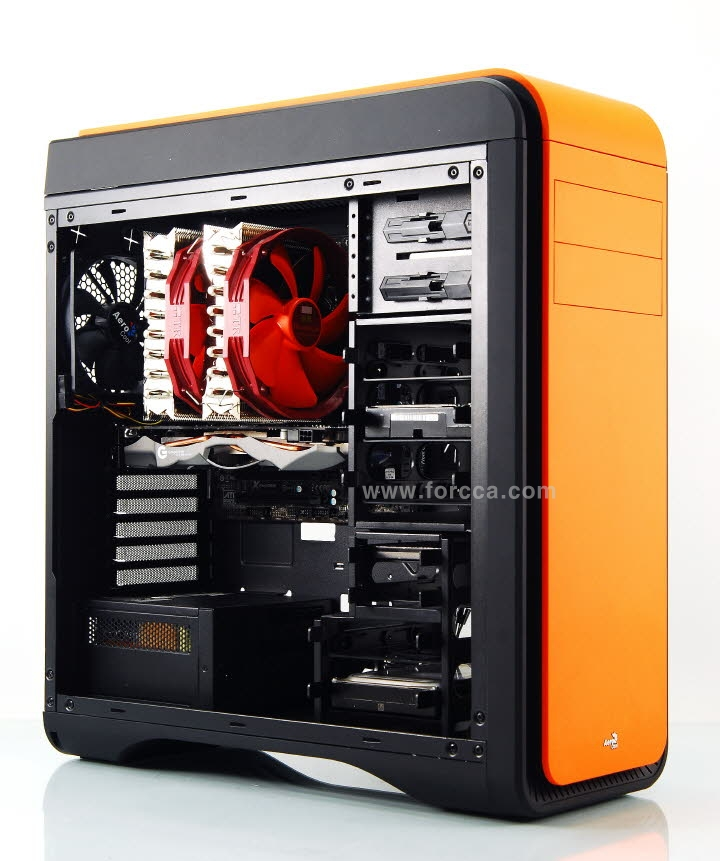 Aerocool DS200 Window Orange-92.jpg