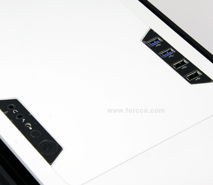 AeroCool DS Cube Window BW-15.jpg