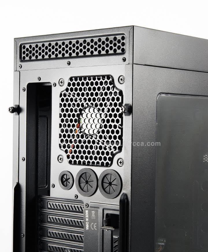 Thermaltake Core V41-24.jpg