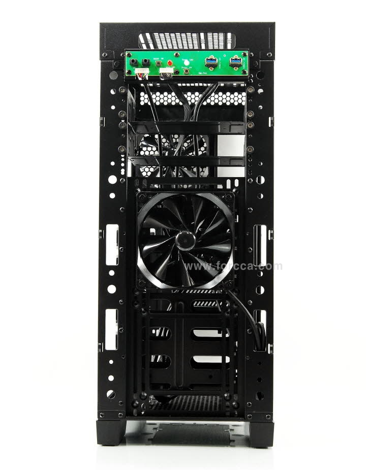 Thermaltake Core V41-44.jpg