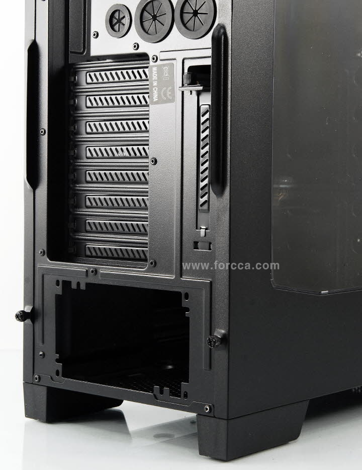 Thermaltake Core V41-25.jpg