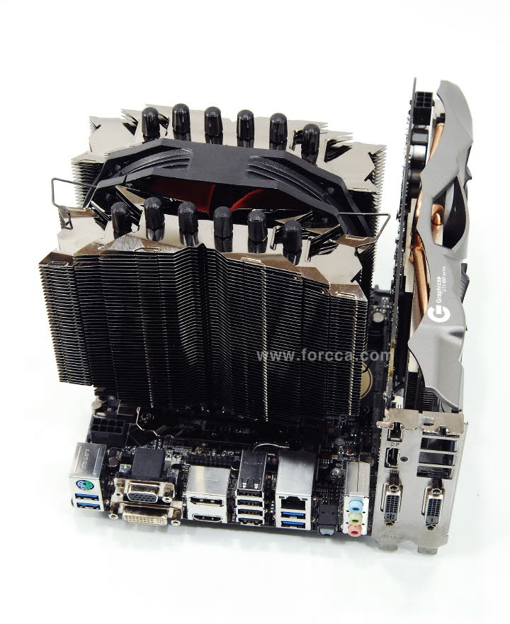 Thermalright Silver Arrow ITX-72.jpg