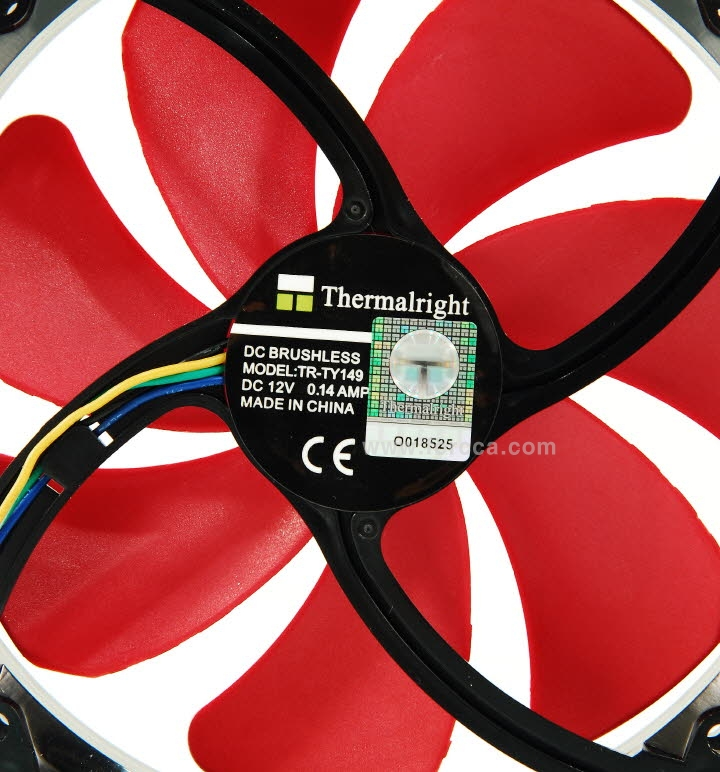 Thermalright Silver Arrow ITX-46.jpg