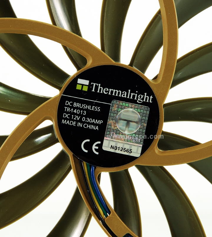 Thermalright AXP-200-42f.jpg