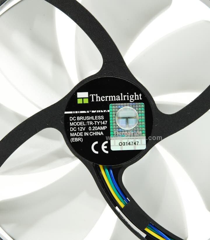 Thermalright Macho Rev.B-35c.jpg