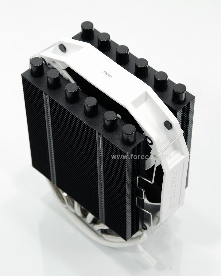 Phanteks PH-TC14S-7.jpg