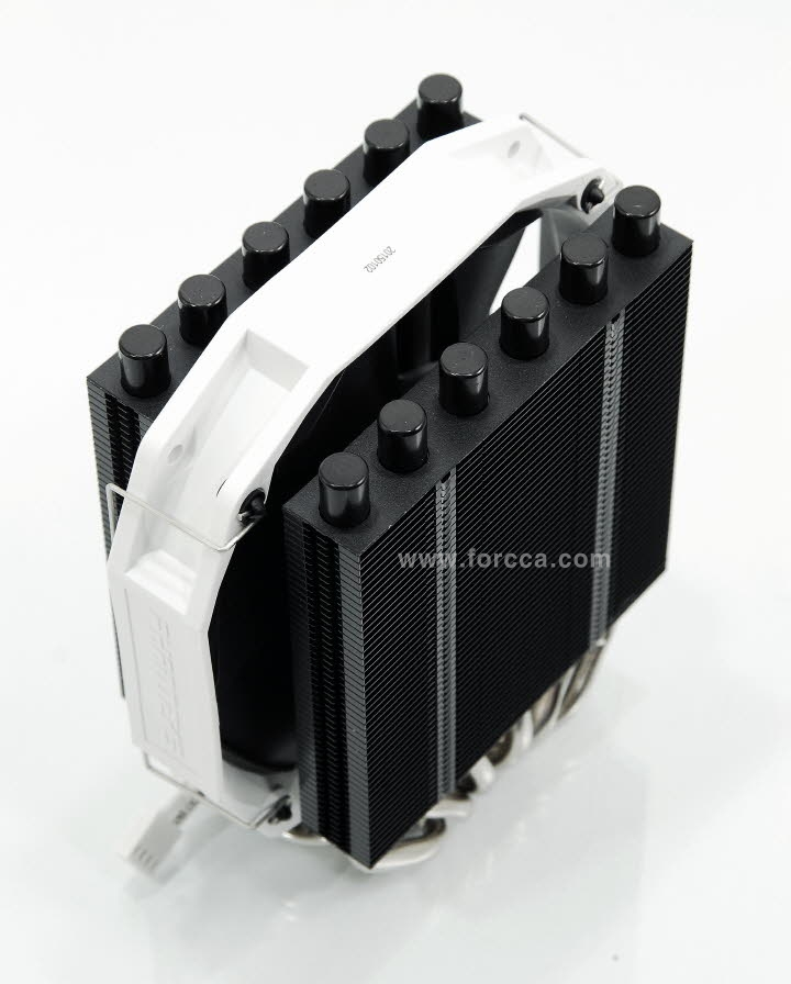 Phanteks PH-TC14S-4.jpg