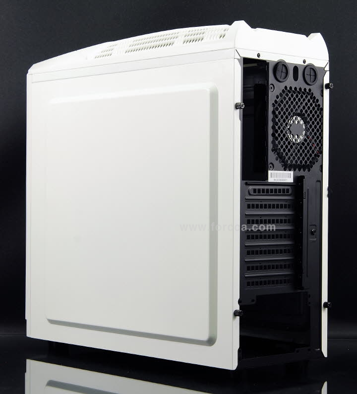 In Win GT1 Gran Turismo White CPU cooler-2.jpg